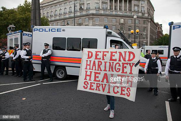 Some protestor left the Westminster Bridge and walked along the river and across Lambeth Bridge to get into Parliament Square Police stopped them all...