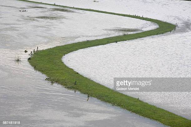 Some raised land froms a graphic S' shape on flooded farmland near Catcliffe Village in south Yorkshire This was one of the areas which was flooded...