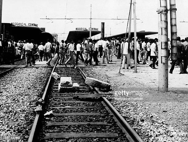 Some rocks placed on the tracks of Reggio Calabria Central Station In the city there's a revolt for the choice of regional capital Reggio di Calabria...
