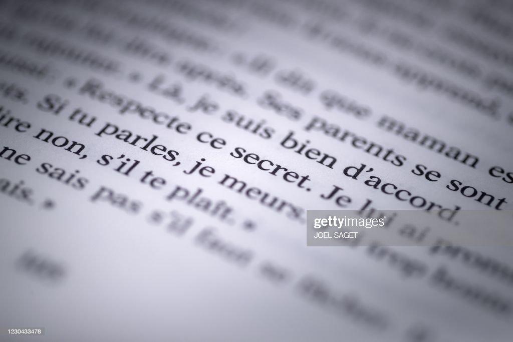 FRANCE-BOOK-LITERATURE-POLITICS-SOCIAL : News Photo