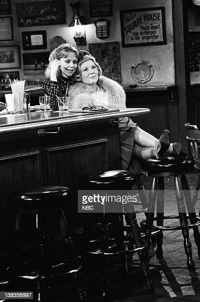 CHEERS Someone Single Someone Blue Episode 20 Air Date Pictured Shelley Long as Diane Chambers Glynis Johns as Mrs Helen Chambers