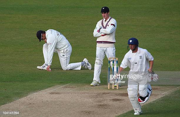 Somerset captain Marcus Trescothick looks on dejectedly as Phil Mustard picks up some runs during Day four of the LV County Championship Division One...