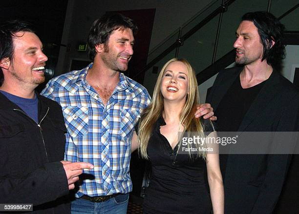 Something for Kate members with Pete Murray from left Clint Hyndman Pete Murray Stephanie Ashworth and Paul Dempsey at the Sony BMG showcase Dolltone...