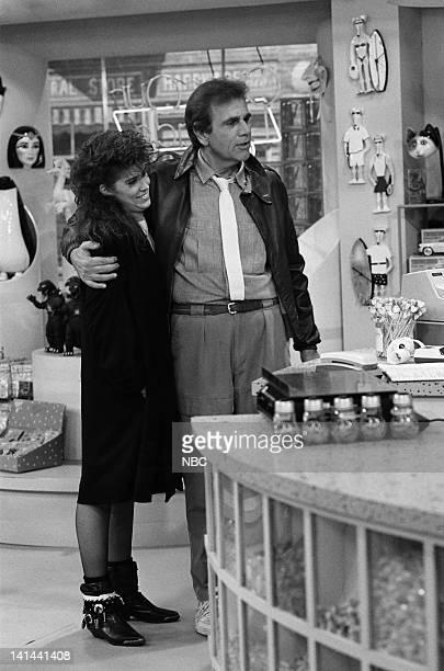 LIFE 'Something in Common' Episode 13 Pictured Nancy McKeon as Joanna 'Jo' Marie Polniaczek Bonner Alex Rocco as Charlie Polniaczek Photo by Alice S...