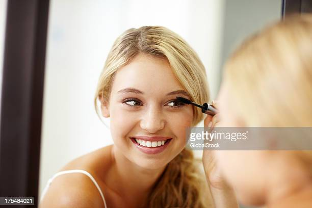something small to lengthen my lashes... - mascara stock pictures, royalty-free photos & images