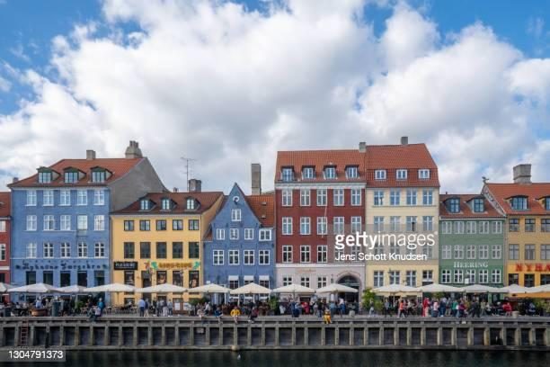 sommertime in copenhagen - oresund region stock pictures, royalty-free photos & images