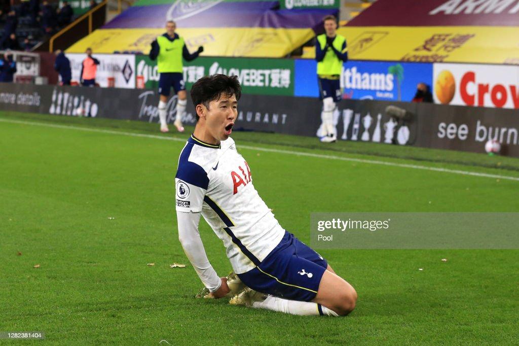 Burnley v Tottenham Hotspur - Premier League : News Photo