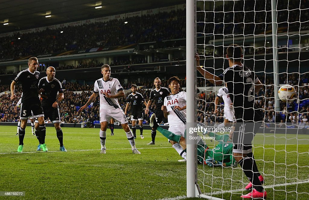 Son Heung-Min of Tottenham Hotspur scores their first goal during the UEFA Europa League Group J match between Tottenham Hotspur FC and Qarabag FK at White Hart Lane on September 17, 2015 in London, United Kingdom.