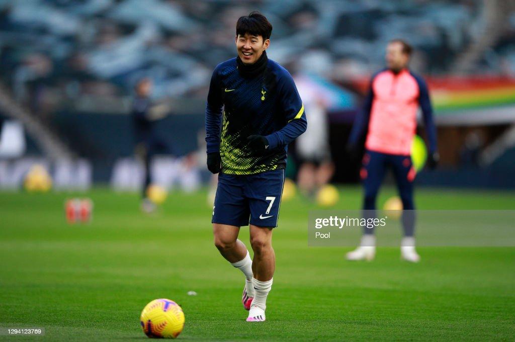 Tottenham Hotspur v Leeds United - Premier League : News Photo