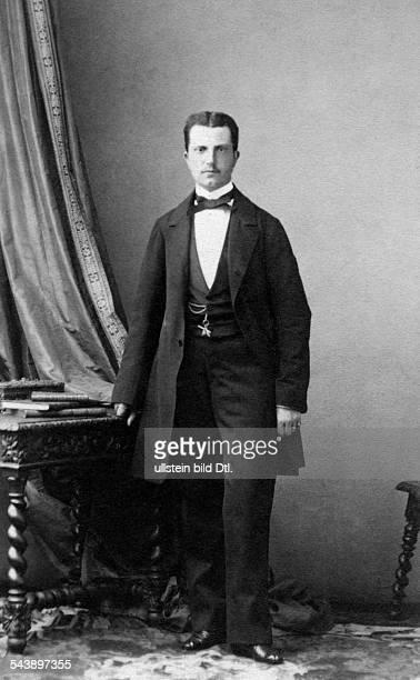 Son of Leopold II Grand Duke of Tuscany fullfigure portrait undated Photographer Disderi ParisVintage property of ullstein bild