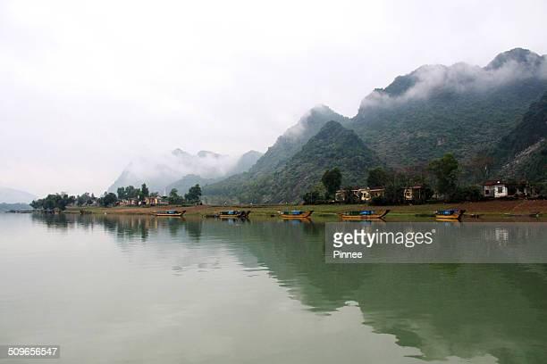 son river, phong nha ke bang national park - phong nha kẻ bàng national park stock photos and pictures