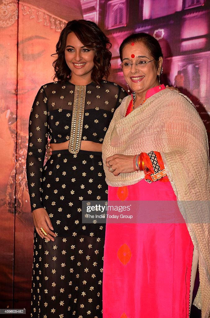 Sonakshi Sinha with Mother Poonam Sinha at the song launch Radha from the upcoming movie Tevar in Mumbai
