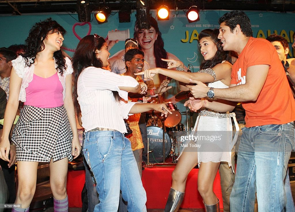 Sonal Sehgal Vishal Malhotra and Jacqueline Fernandez shoot for the film Jaane Kahan Se Aayi Hai in the campus of Narsee Monjee Institute of...
