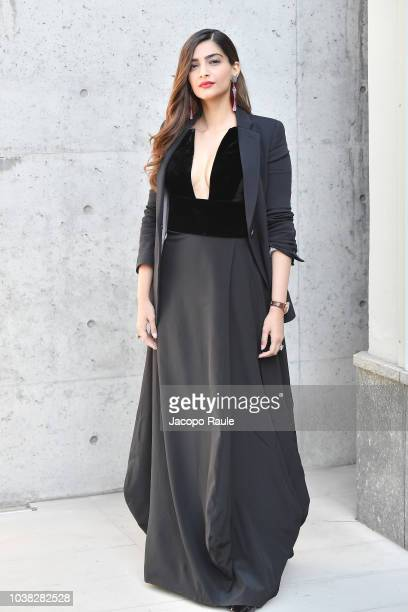 Sonam Kapoor arrives at the Giorgio Armani show during Milan Fashion Week Spring/Summer 2019 on September 23 2018 in Milan Italy