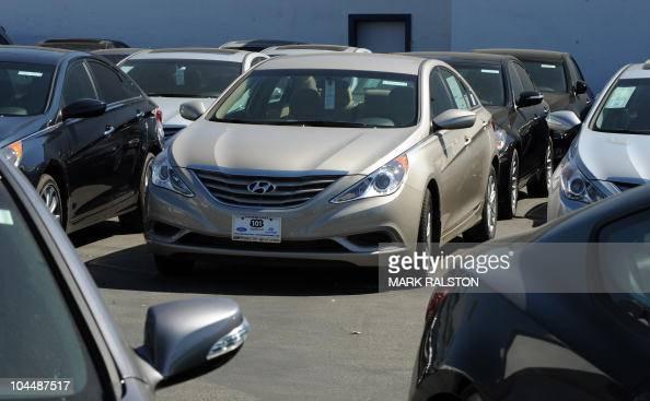 Hyundai Dealership Los Angeles >> Sonata Sedans At A Hyundai Dealership In Los Angeles On
