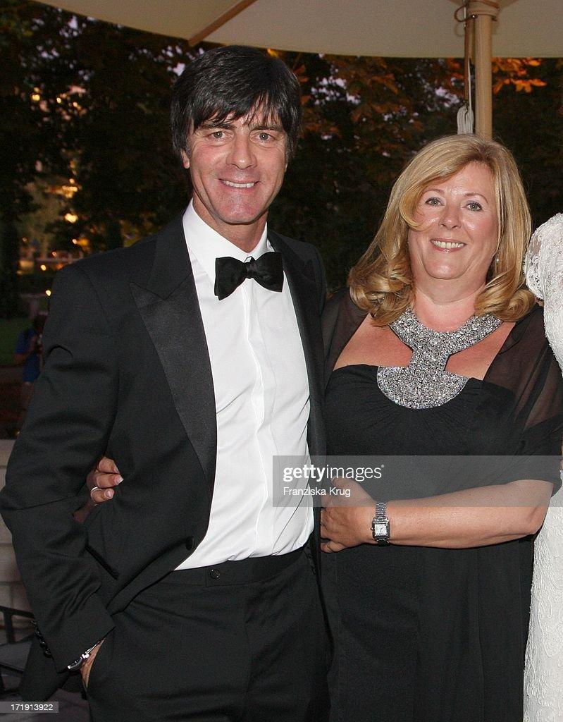 No Credit Mindesthonorar Joachim Löw Und Ehefrau Daniela Zu Gast