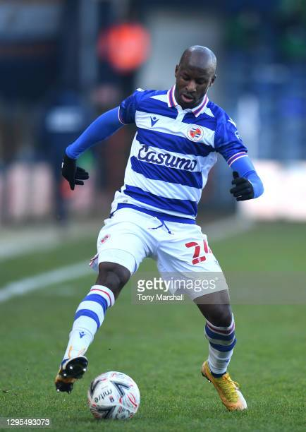 Sone Aluko of Reading during the FA Cup Third Round match between Luton Town and Reading on January 09, 2021 in Luton, England.