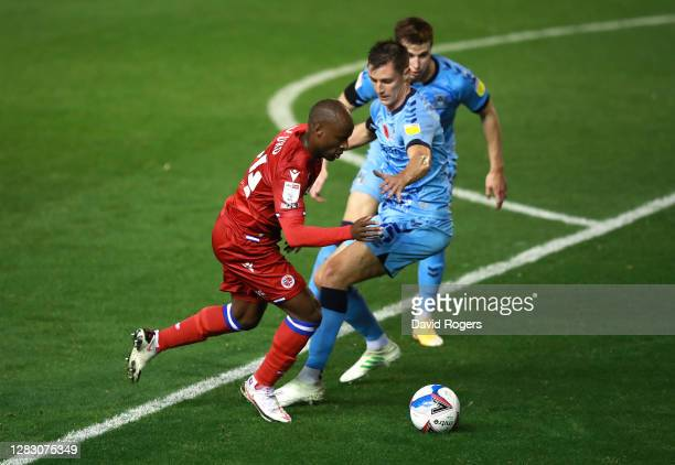 Sone Aluko of Reading takes on Dominic Hyam of Coventry City during the Sky Bet Championship match between Coventry City and Reading at St Andrew's...