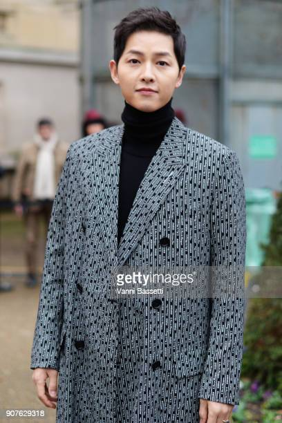 Song Joongki attends Dior Homme Menswear Fall/Winter 20182019 show as part of Paris Fashion Week at Grand Palais on January 20 2018 in Paris France