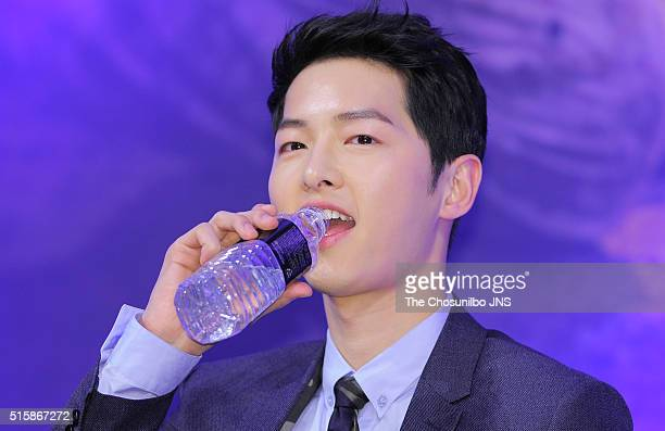 Song Joongki attends the KBS 2TV drama 'Descendants of the Sun' press conference at Imperial Palace on February 22 2016 in Seoul South Korea