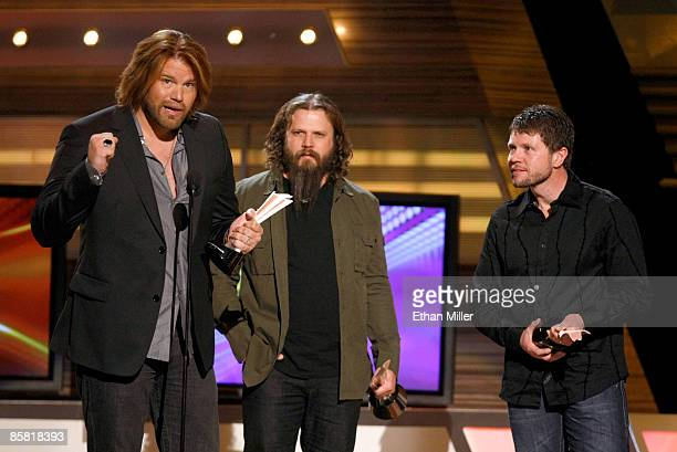 Song of the year award winners musician James Otto Jamey Johnson and composer Lee Thomas Miller speak onstage during the 44th annual Academy Of...