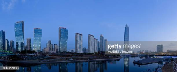 songdo international business district (incheon) - songdo ibd stock pictures, royalty-free photos & images