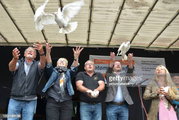 Songwriter Konstantin Wecker lets white doves fly together with Sabine Pauli Mayor Albert Jung Mayor Wolfgang Treis and Marion Kuepker during the...