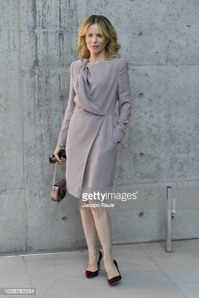 Sonia Bergamasco arrives at the Giorgio Armani show during Milan Fashion Week Spring/Summer 2019 on September 23 2018 in Milan Italy