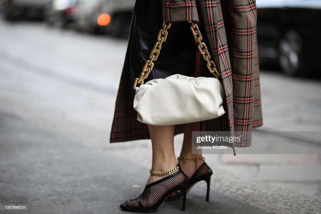 Street Style: February 20th - Milan Fashion Week Fall/Winter 2020-2021 : News Photo