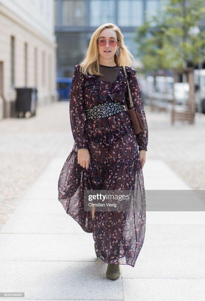 Street Style - Berlin - August 1, 2017 : News Photo