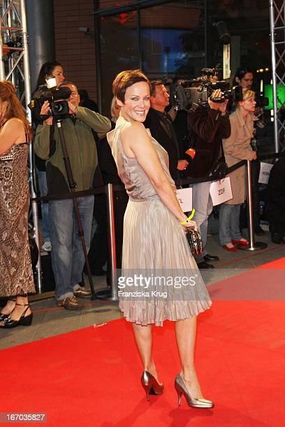 Sonja Kirchberger Bei Der Ankunft Zur Verleihung Der First Steps Awards Am 280807 In Berlin