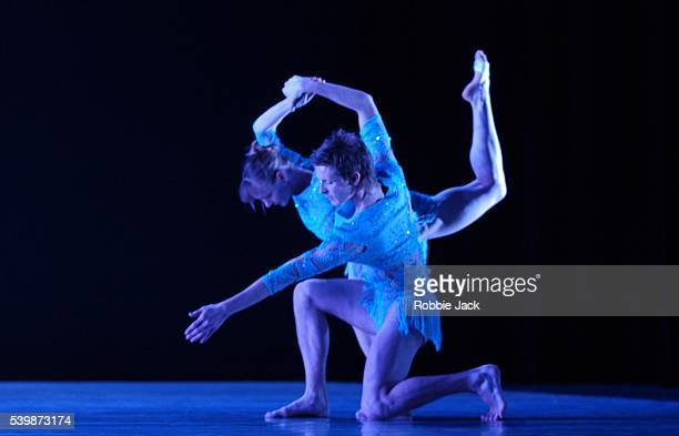"""Sonja Peedo and Martin Lawrance in the Richard Alston Dance Company production """"Shimmer"""" at Sadlers Wells Theatre London. Robbie Jack/Corbis"""