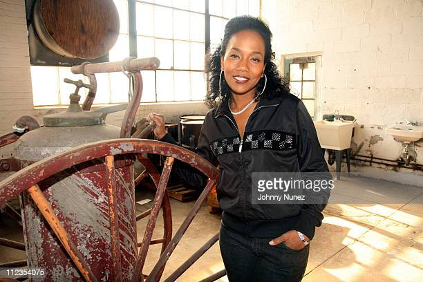 Sonja Sohn As Detective Shakima kima Greggs during THE WIRE BET Promo Shoot December 7 2006 in Brooklyn New York United States