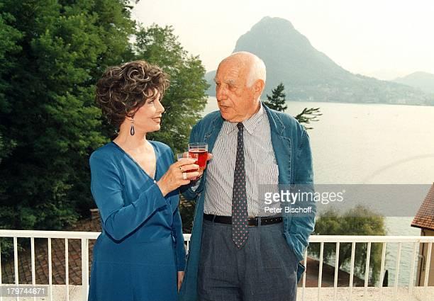 Sonja Ziemann mit Ehemann Charles Regnierauf der Terrasse Homestory in Lugano