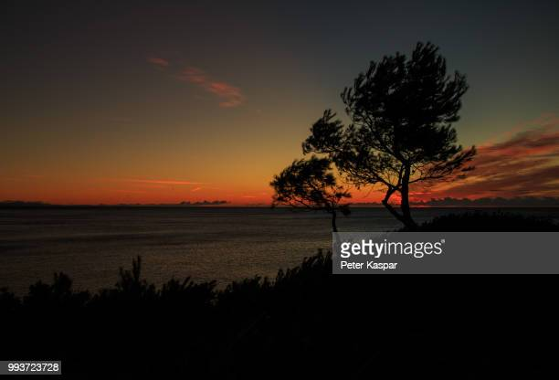 sonnenaufgang spanien - spanien stock pictures, royalty-free photos & images