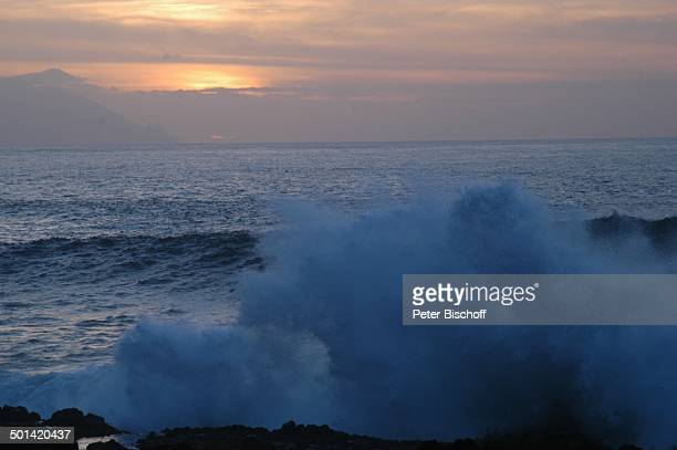 Sonnenuntergang am Meer Kap von Punto Teno KanarenInsel Teneriffa Spanien Europa Wellen Reise BB DIG PNr 149/2005