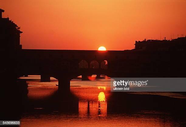Sonnenuntergang an der `Ponte Vecchio` 1994