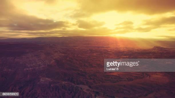 sonnenuntergang von kappadokien - landschaft stock pictures, royalty-free photos & images
