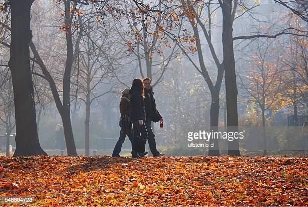 Sonntagsspaziergang im Volkspark Friedrichshain