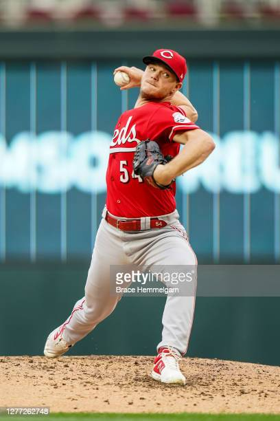 Sonny Gray of the Cincinnati Reds pitches against the Minnesota Twins on September 27, 2020 at Target Field in Minneapolis, Minnesota.