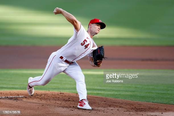 Sonny Gray of the Cincinnati Reds pitches in the first inning against the Chicago Cubs at Great American Ball Park on July 29, 2020 in Cincinnati,...