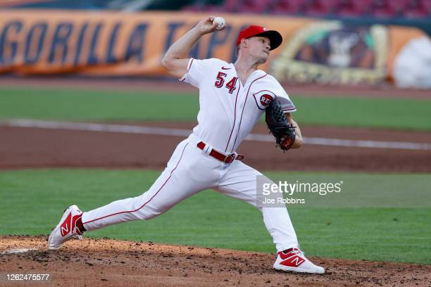 Sonny Gray of the Cincinnati Reds pitches in the second inning against the Chicago Cubs at Great American Ball Park on July 29, 2020 in Cincinnati,...
