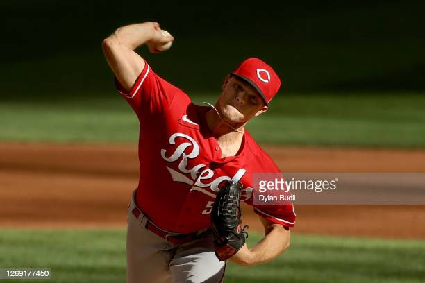Sonny Gray of the Cincinnati Reds pitches in the second inning against the Milwaukee Brewers during game one of a doubleheader at Miller Park on...