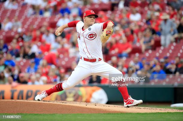 Sonny Gray of the Cincinnati Reds throws a pitch against the Chicago Cubs at Great American Ball Park on May 15, 2019 in Cincinnati, Ohio.