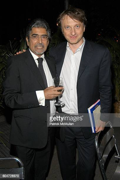 Sonny Mehta and James Truman attend GLAMOUR hosts Marisa Acocella Marchetto's CANCER VIXEN Book Party at Da Silvano on September 21 2006 in New York...