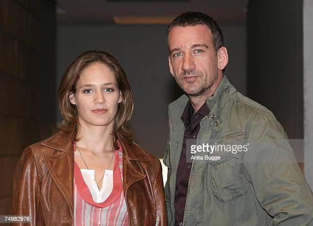 """Sonsee Neu and Heio von Stetten pose at the launch of the new Sat.1 Mystery series """"Deadline"""" on July 2, 2007 in Berlin, Germany."""