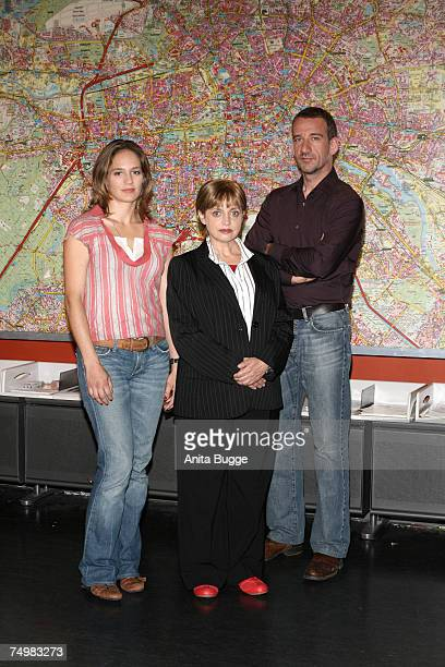 """Sonsee Neu, Katharina Thalbach and Heio von Stetten pose at the launch of the new Sat.1 Mystery series """"Deadline"""" on July 2, 2007 in Berlin, Germany."""