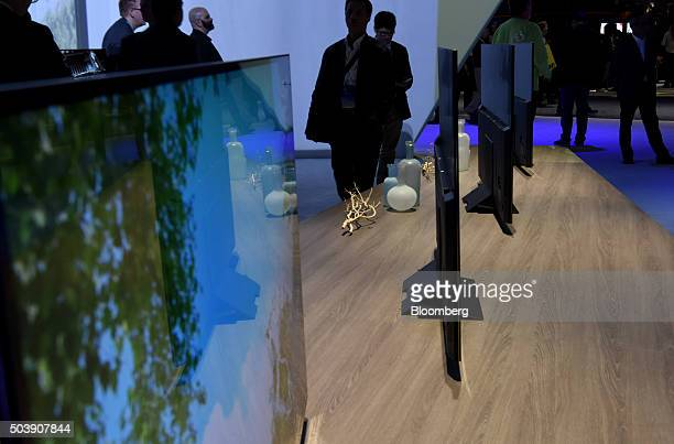 Sony Corp 4K HDR televisions sit on display during the 2016 Consumer Electronics Show in Las Vegas Nevada US on Thursday Jan 7 2016 CES is expected...