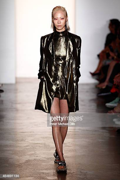 Soo Joo Park walks the runway at the Peter Som fashion show during MercedesBenz Fashion Week Spring 2015 at Milk Studios on September 5 2014 in New...