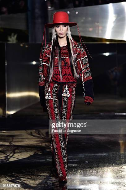 Soo Joo Park walks the runway during the HM show as part of the Paris Fashion Week Womenswear Fall/Winter 2016/2017 on March 2 2016 in Paris France